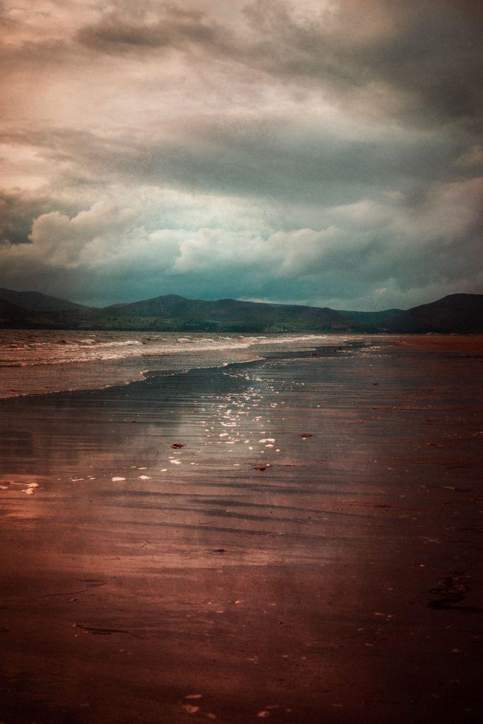 .⋗ 0048 IRELAND Mirrorbeach ⋖.